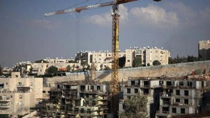 Unsettling: Israel adds houses to disputed land