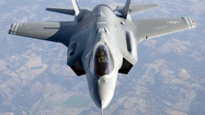 Navy cuts F-35 order nearly in half