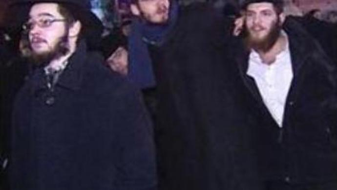 Jews gather in Moscow to celebrate Hanukkah