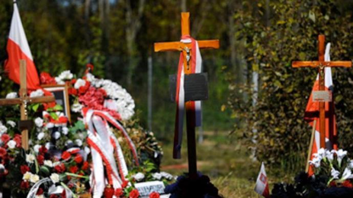 Russia passes more evidence on Kaczynski plane crash to Poland