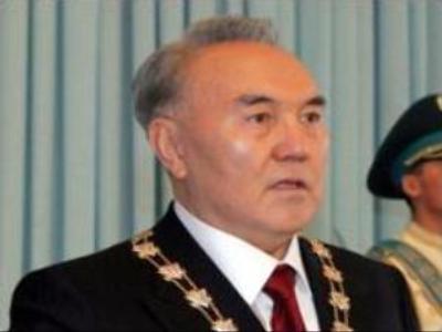 Kazakh President wins increased powers