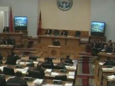 Kyrgyz PM urges Parliament to resign