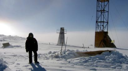 Cool Find: Russian team takes ice from biggest Antarctic sub-glacial lake, searching for life