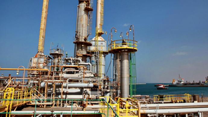 Libyan rebels to begin shipping oil
