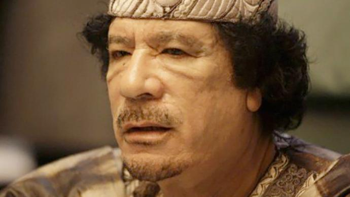Moscow calls on Gaddafi envoys for peace