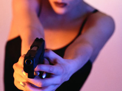 Madam opens fire to avoid arrest