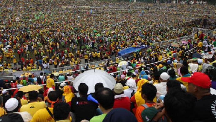 Malaysians gather in tens of thousands demanding political reforms (PHOTOS)