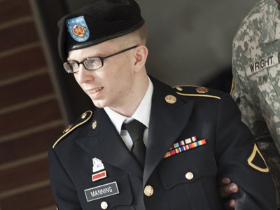 Manning backers oppose 'outrageous secrecy' of trial