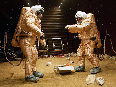 "Spacemen walk on ""Mars"" as mock mission reaches midpoint"