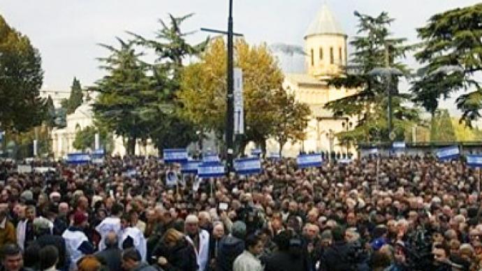 Thousands show their distrust of Georgian president