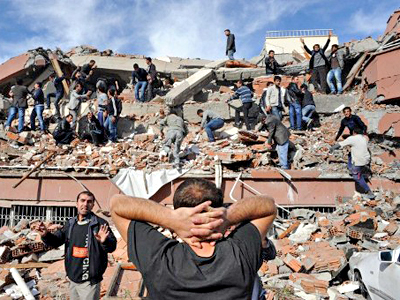 Six injured as powerful quake shakes southwestern Turkey