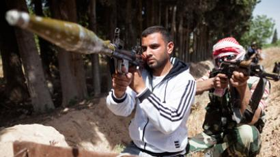 Damascus puts squeeze on militants amid accusations of extreme cruelty