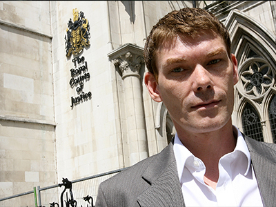 Autistic hacker Gary McKinnon fighting for proper pretrial examination