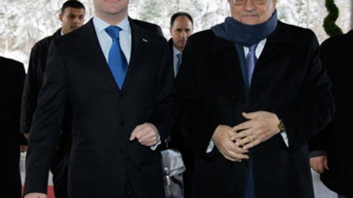 Medvedev visits Palestinian lands amid cancelled Israeli talks