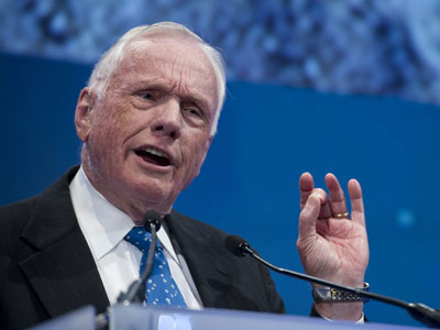 Astronaut Neil Armstrong dies at age 82