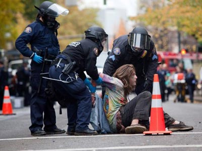 OWS destroyed: Cops clear Zuccotti Park (PHOTOS, VIDEO)