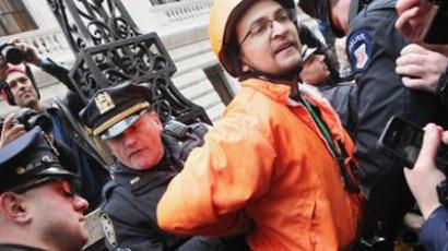 NYPD arrests 14 OWS protesters