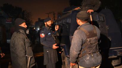 Pakistani police kill 5 militants in gunfight following airport assault