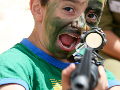 'Don't smoke, shoot!': UN-funded Palestinian NGO puppet show