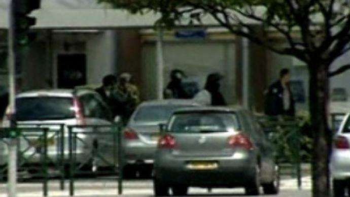 Paris hostage drama ends peacefully