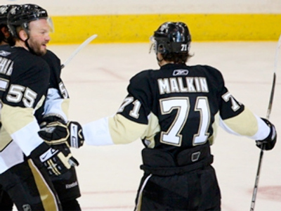 One man show for Malkin as Pittsburgh beats Carolina