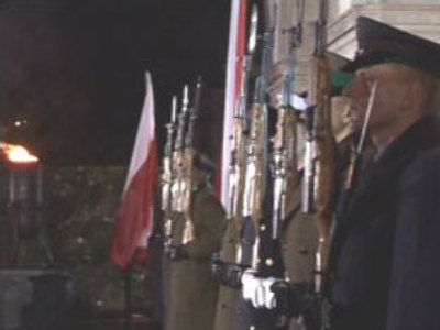 Poles remember victims of Soviet war massacre