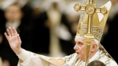 Vatileaks, Holy Tweets, Santa Hats: Pope Benedict XVI in facts & photos