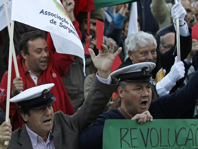 'Screw the Troika': Hundreds of thousands protest austerity measures across Portugal