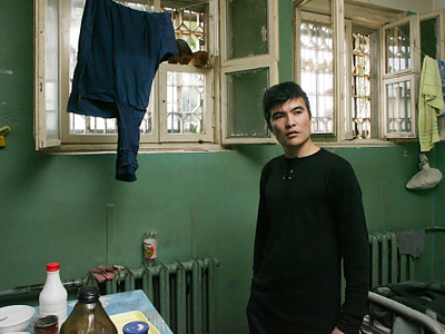 Squalor and misery: Moscow migrants' fate
