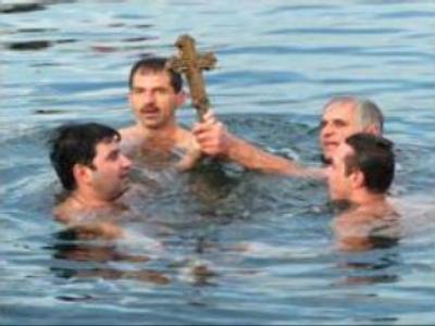Orthodox Russians celebrate Epiphany