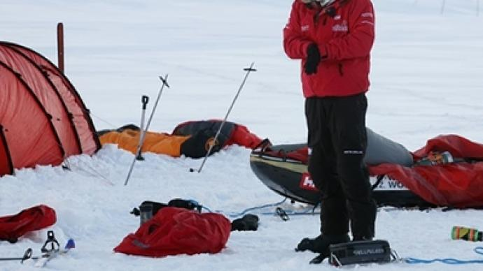 Prince Harry escapes ice floe trap