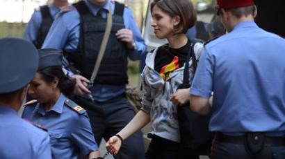 Pussy Riot verdict looms: Prosecution wants 3 yrs