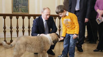 Putin in tune with charity
