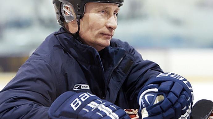 Putin gets his skates on