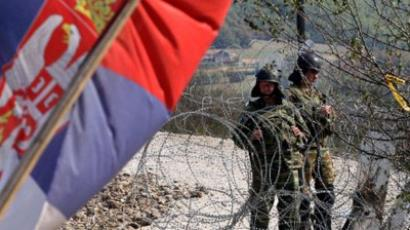 NATO gives Serbs until Monday to clear barricades