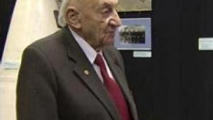 Russia's space pioneer celebrates 95th birthday