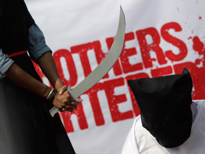 Saudi Arabia beheads young migrant maid for killing infant