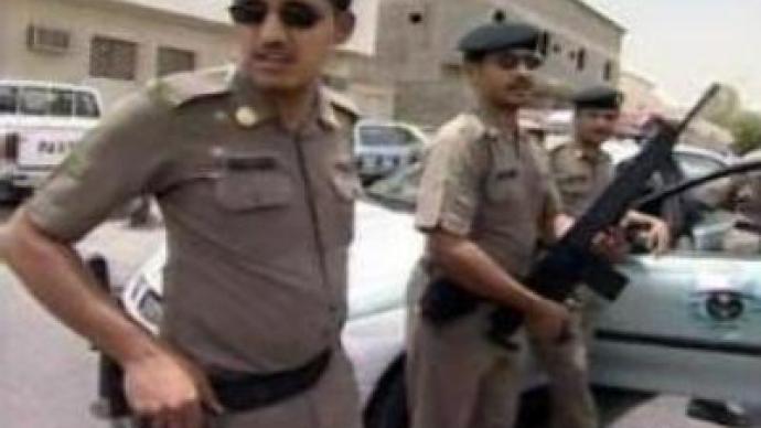 Saudi police arrests Al-Qaeda militants