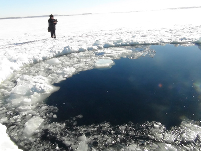 Treasure hunt: Russian scientists claim meteorite remains, meteor black market thrives
