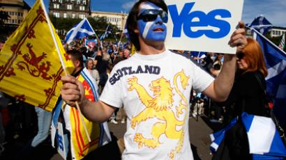 Going solo: Scots gather for independence march and rally (PHOTOS)