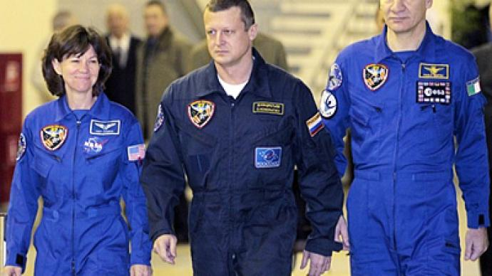 Star pupils: ISS crew takes exams before mission