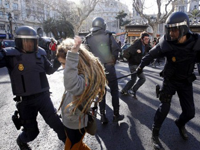 Spain braces for further cuts amid national uproar