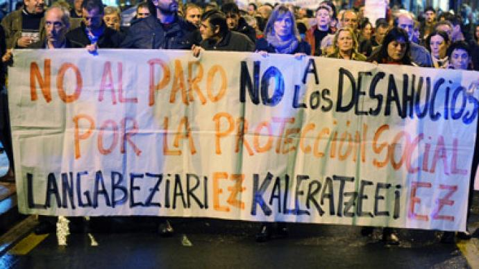 Evicted Spaniard's suicide brings thousands to the streets