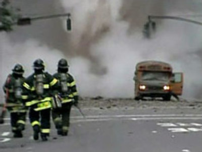 Steam pipe blast kills at least one in New York