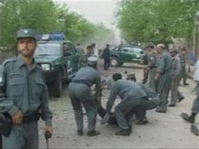 Suicide attack kills ten policemen in Afghanistan