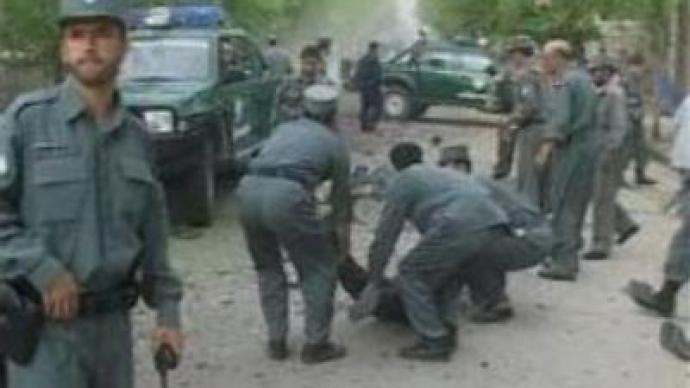 Suicide attack kills ten policemen in Afghanistan