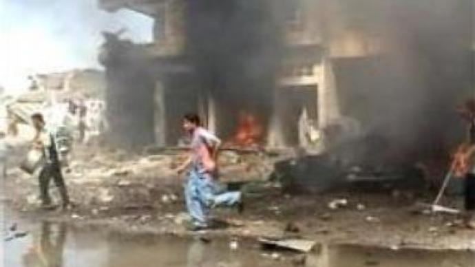 Suicide bomber kills 20 in Iraq