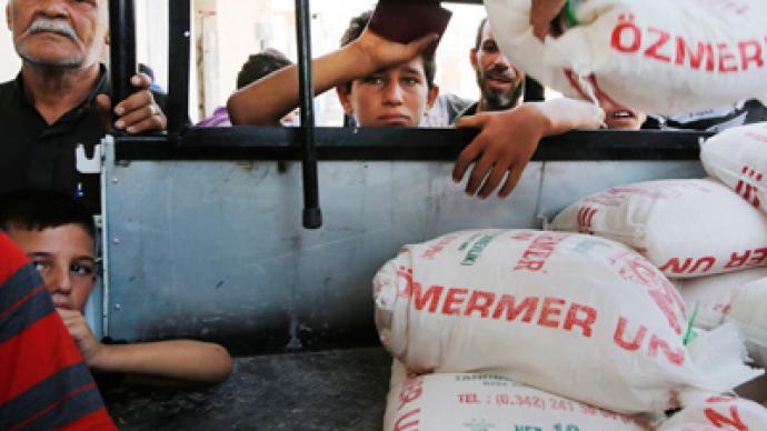 Syria refugee toll skyrockets: 10,000-strong backlog at Turkish border