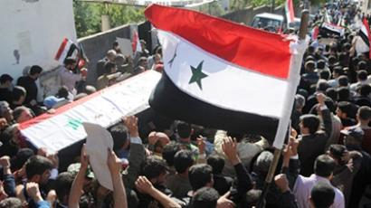 """Syrian armed gangs aren't peaceful demonstrators"" – Canadian analyst"