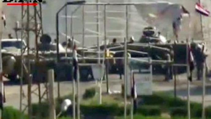 Syrian tanks storm town near Turkey despite pressure from Ankara